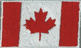Badge Canada small flag, size, 5 cm x 3 cm