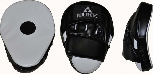 Nuke Coaching Mitt 19 x 24 cm curved, imitation leather, black and white